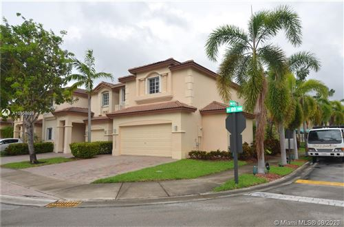 Photo of 11423 NW 69th Ter, Doral, FL 33178 (MLS # A10906823)