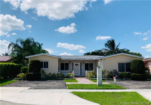 Photo of Listing MLS a10729824 in 3981 NW 47th Ter Lauderdale Lakes FL 33319