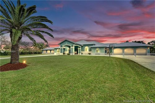 Photo of 5800 SW 198th Ter, Southwest Ranches, FL 33332 (MLS # A10995824)