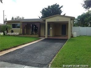 Photo of 3440 SW 15th St, Fort Lauderdale, FL 33312 (MLS # A10769826)