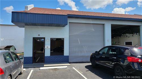 Photo of 3777 Fowler Street #8B, Fort Myers, FL 33901 (MLS # A11055827)