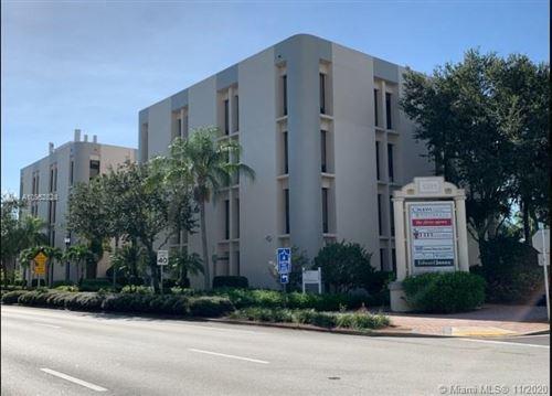 Photo of 1201 19th Pl, Vero Beach, FL 32960 (MLS # A10952828)