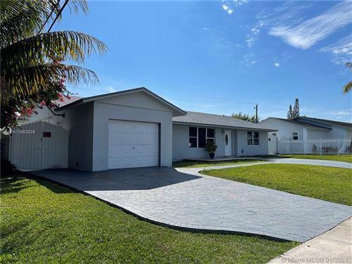 Photo of 10800 SW 164th St, Miami, FL 33157 (MLS # A10983828)