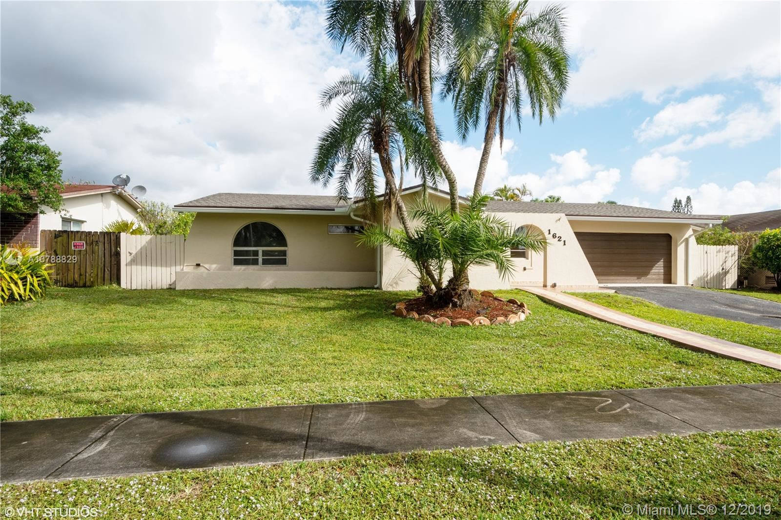 1621 NW 122nd Ave, Pembroke Pines, FL 33026 - #: A10788829