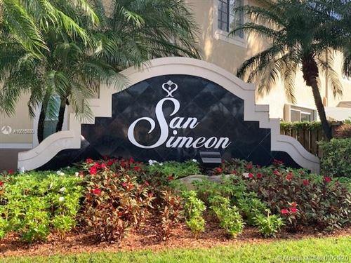 Foto de inmueble con direccion 3715 San Simeon Cir #3715 Weston FL 33331 con MLS A10815830