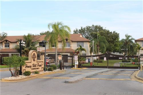 Photo of Listing MLS a10851830 in 3377 NW 198th Ter #3377 Miami Gardens FL 33056