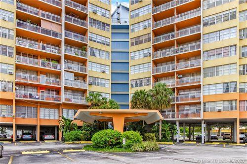 Foto de inmueble con direccion 2025 NE 164th St #816 North Miami Beach FL 33162 con MLS A10861830
