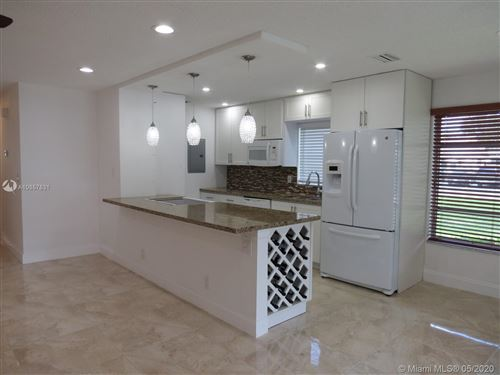 Photo of Listing MLS a10857831 in 1147 NW 83rd Ave #D42 Plantation FL 33322