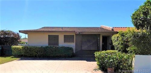 Photo of Listing MLS a10805832 in 10014 SW 23rd St #10014 Miami FL 33165