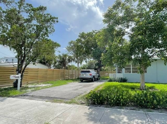 Photo of 1003 SW 4th Ave #2, Fort Lauderdale, FL 33315 (MLS # A11075834)