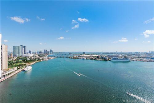 Foto de inmueble con direccion 848 Brickell Key Dr #2901 Miami FL 33131 con MLS A10543835