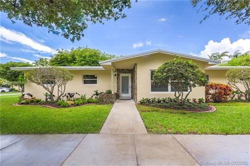 Photo of 9600 SW 72nd Ct, Pinecrest, FL 33156 (MLS # A10864835)