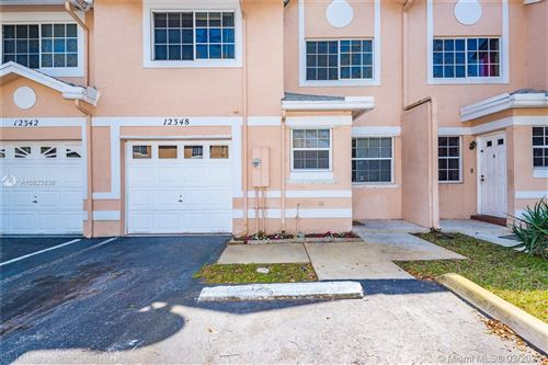 Foto de inmueble con direccion 12348 SW 50th Pl Cooper City FL 33330 con MLS A10823836