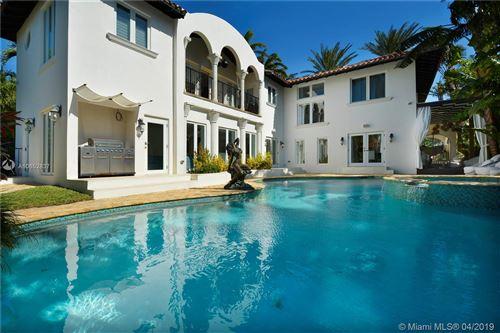 Photo of 2474 Prairie Ave, Miami Beach, FL 33140 (MLS # A10652837)