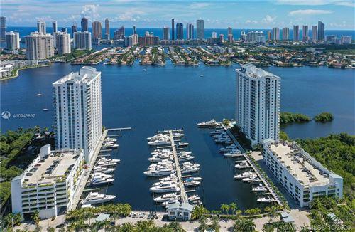 Foto de inmueble con direccion 17111 Biscayne Blvd #LPH5 North Miami Beach FL 33160 con MLS A10943837