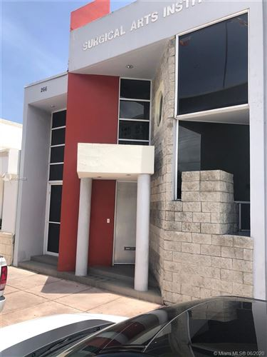 Foto de inmueble con direccion 266 Palermo Ave Coral Gables FL 33134 con MLS A10884838