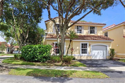Photo of 923 Opal Ter, Weston, FL 33326 (MLS # A11102838)