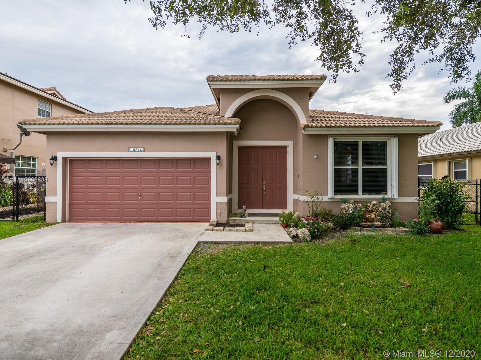 10246 SW 58th St, Cooper City, FL 33328 - #: A10966838