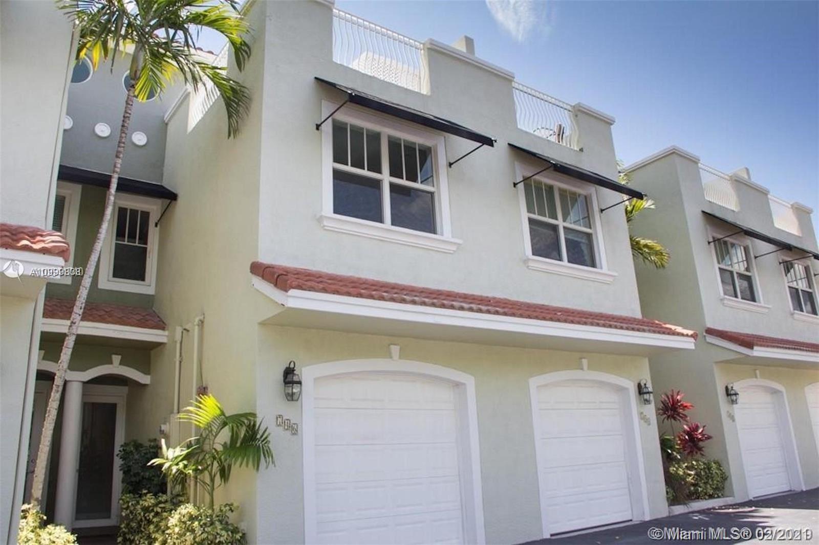 746 NE 7th Ave, Fort Lauderdale, FL 33304 - #: A10999838