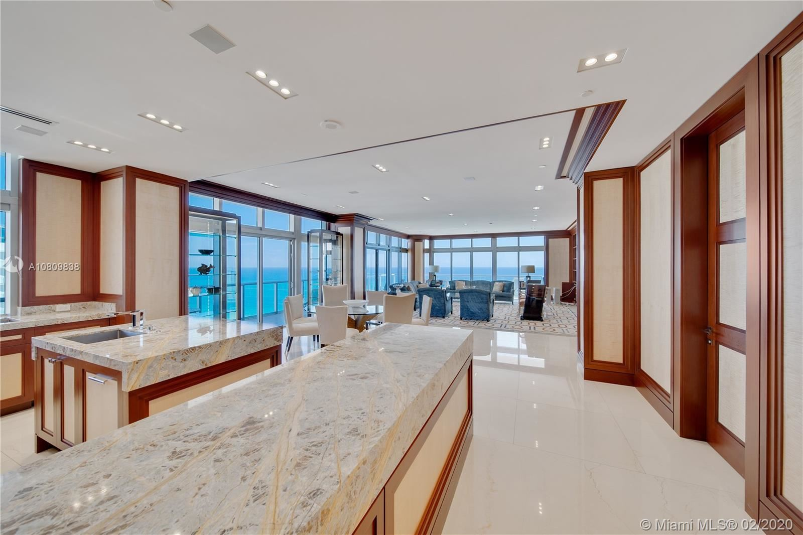 Photo 8 of Listing MLS a10809838 in 3737 Collins Ave #PH-4 Miami Beach FL 33140