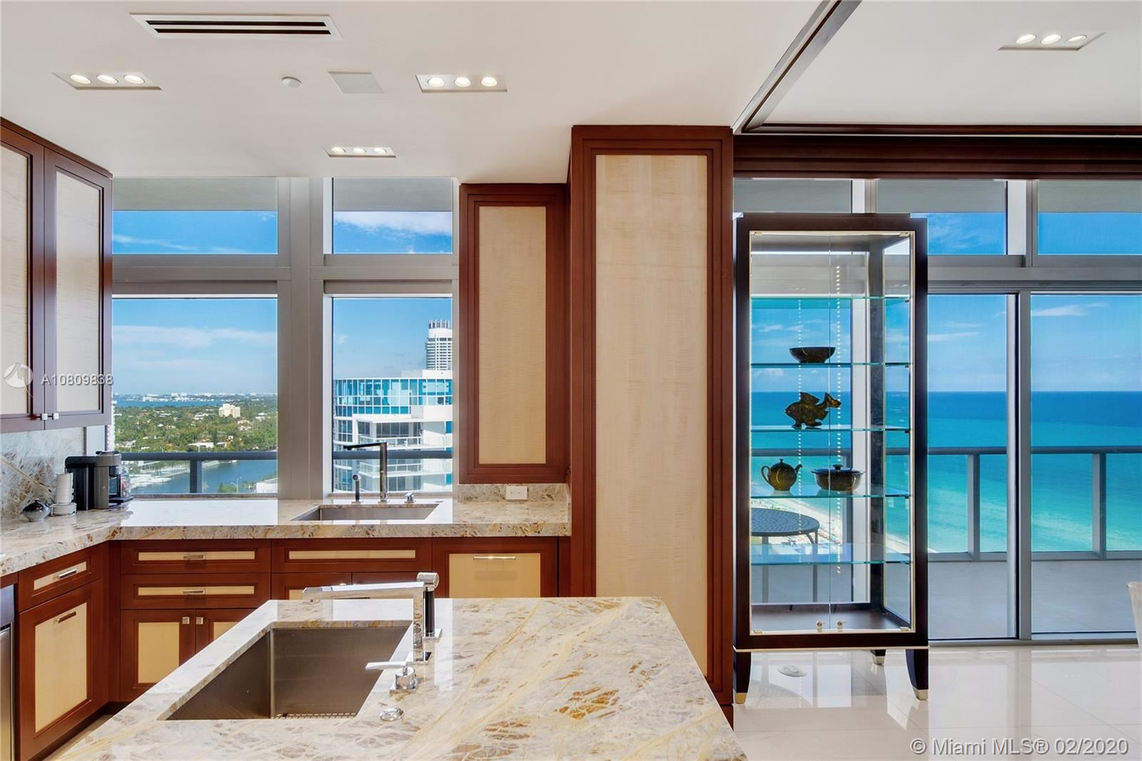 Photo 12 of Listing MLS a10809838 in 3737 Collins Ave #PH-4 Miami Beach FL 33140