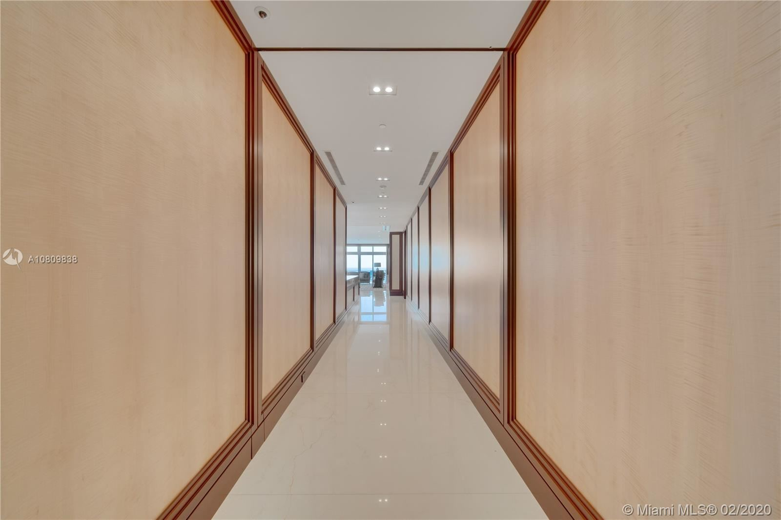 Photo 15 of Listing MLS a10809838 in 3737 Collins Ave #PH-4 Miami Beach FL 33140