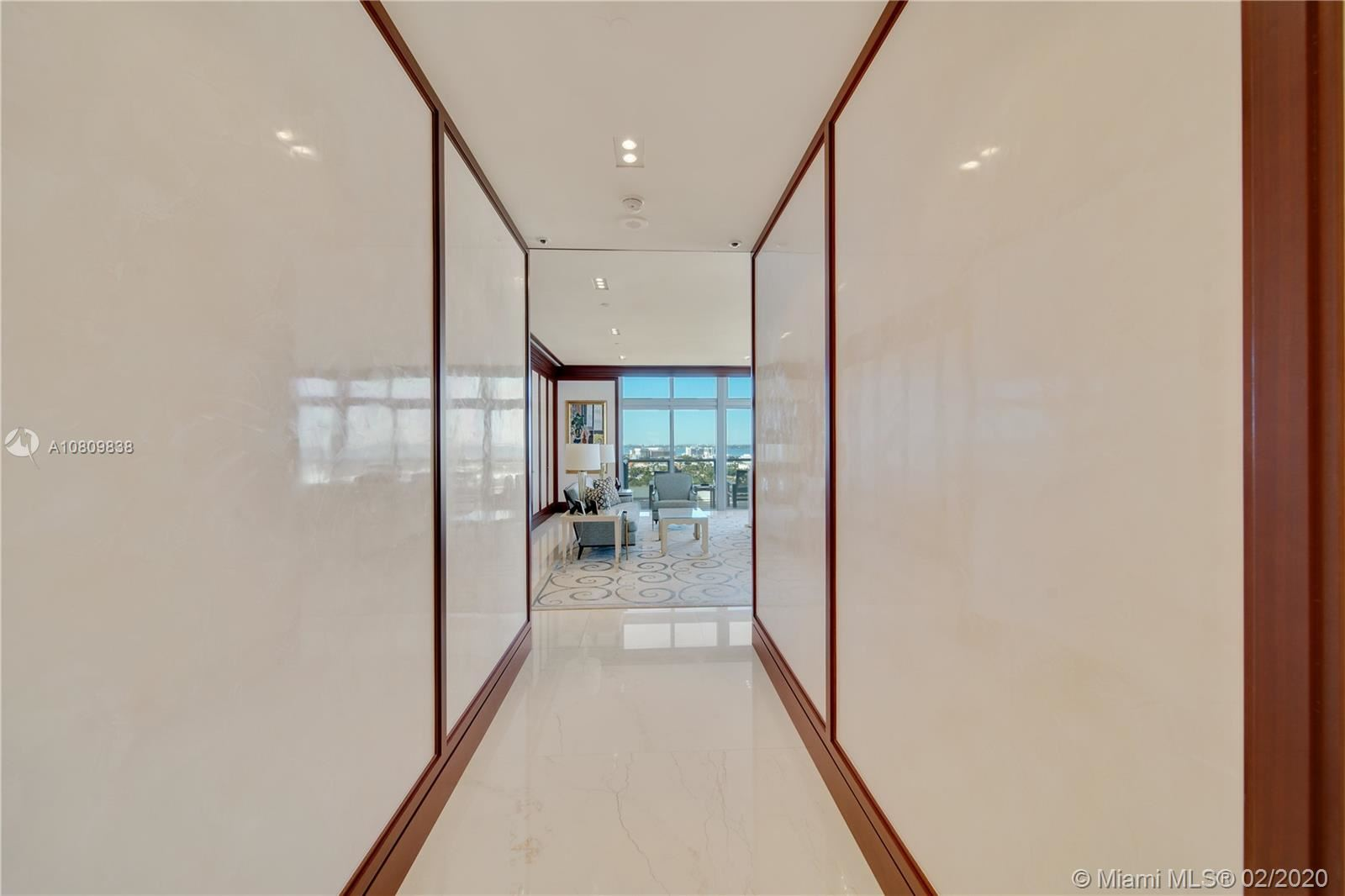 Photo 16 of Listing MLS a10809838 in 3737 Collins Ave #PH-4 Miami Beach FL 33140
