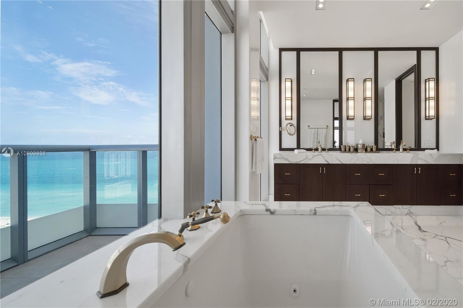 Photo 18 of Listing MLS a10809838 in 3737 Collins Ave #PH-4 Miami Beach FL 33140