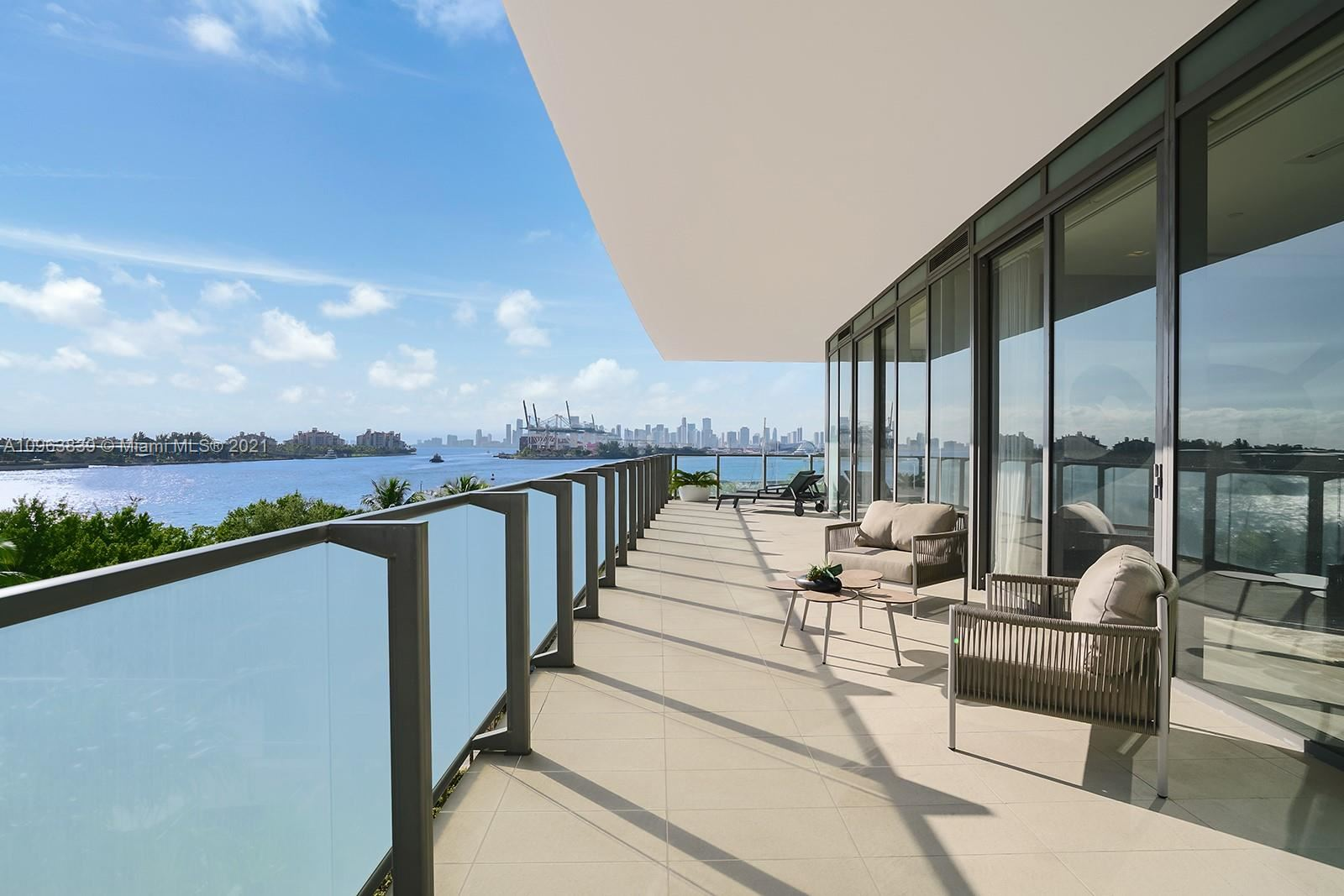 800 S Pointe Dr #504, Miami Beach, FL 33139 - #: A10963839
