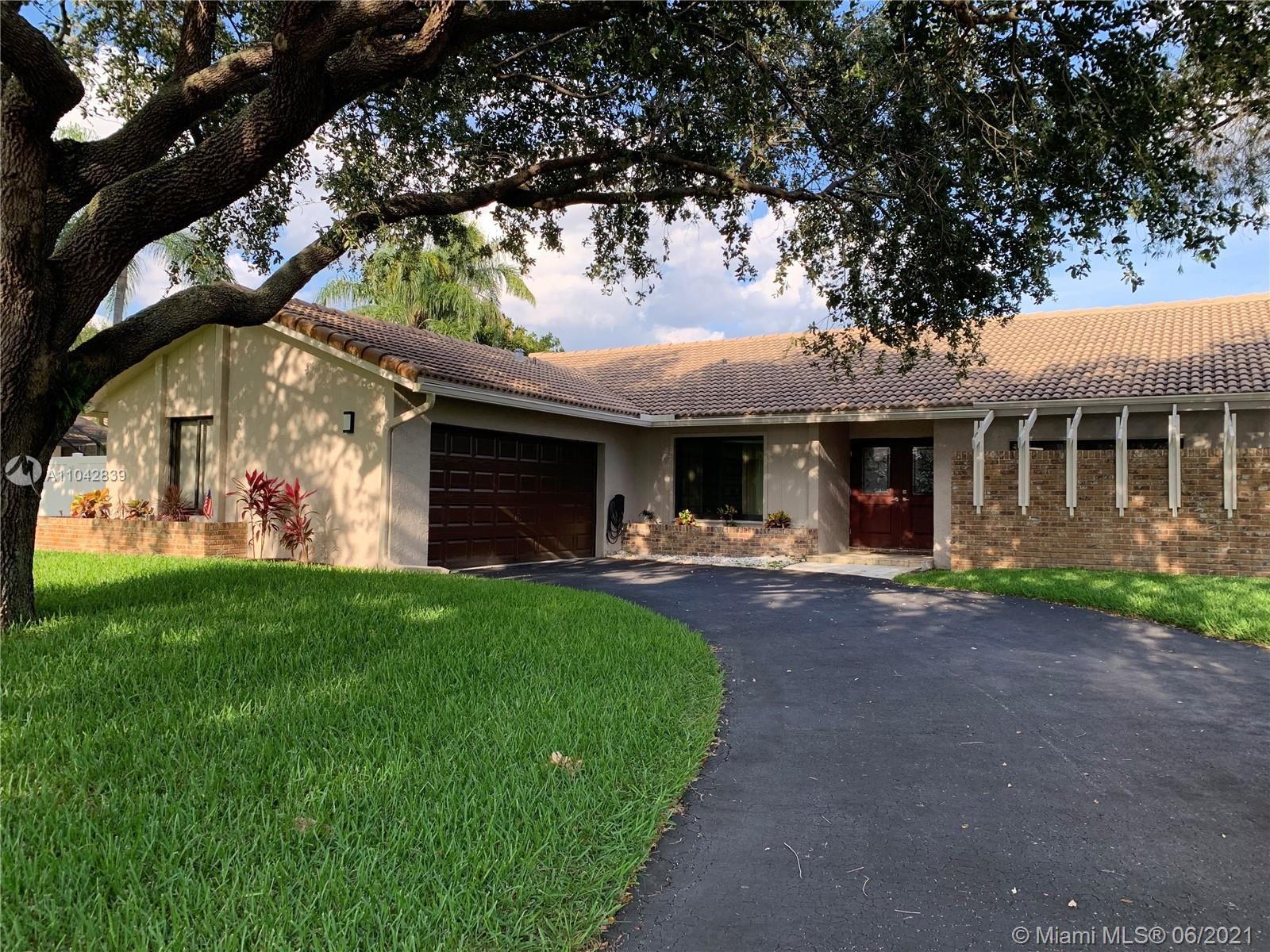 1086 NW 97th Ave, Plantation, FL 33322 - #: A11042839