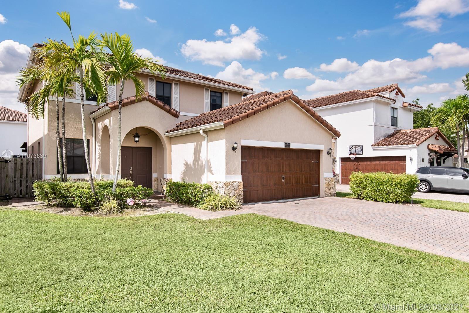 9842 NW 9th St, Miami, FL 33172 - #: A11073839
