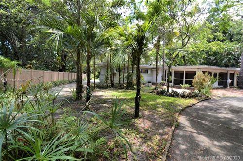 Photo of 4230 SW 7th St, Plantation, FL 33317 (MLS # A10880840)