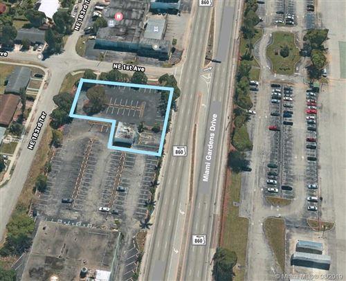 Foto de inmueble con direccion 75 NE 183rd St Miami FL 33179 con MLS A10720841