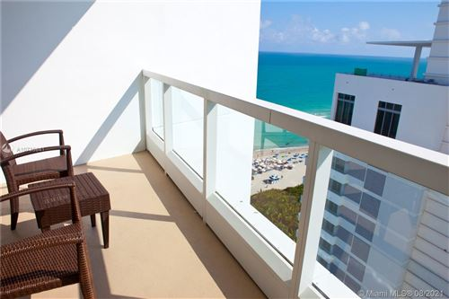 Photo of Listing MLS a10736841 in 4391 Collins Ave #1913 Miami Beach FL 33140