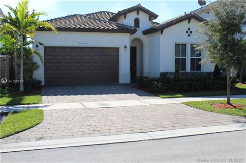 Photo of Listing MLS a10802841 in 14946 SW 176th St Miami FL 33187