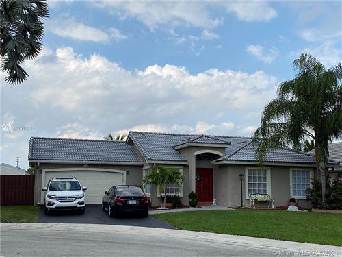 Photo of 12625 SW 7th Pl, Davie, FL 33325 (MLS # A11018841)