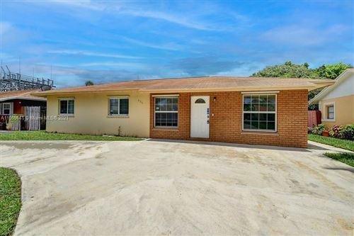 Photo of 505 NW 8th Court, Boynton Beach, FL 33426 (MLS # A11065841)