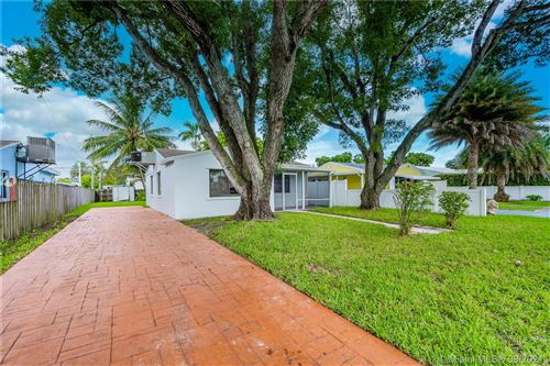 Photo of 2531 Sherman St, Hollywood, FL 33020 (MLS # A11102841)