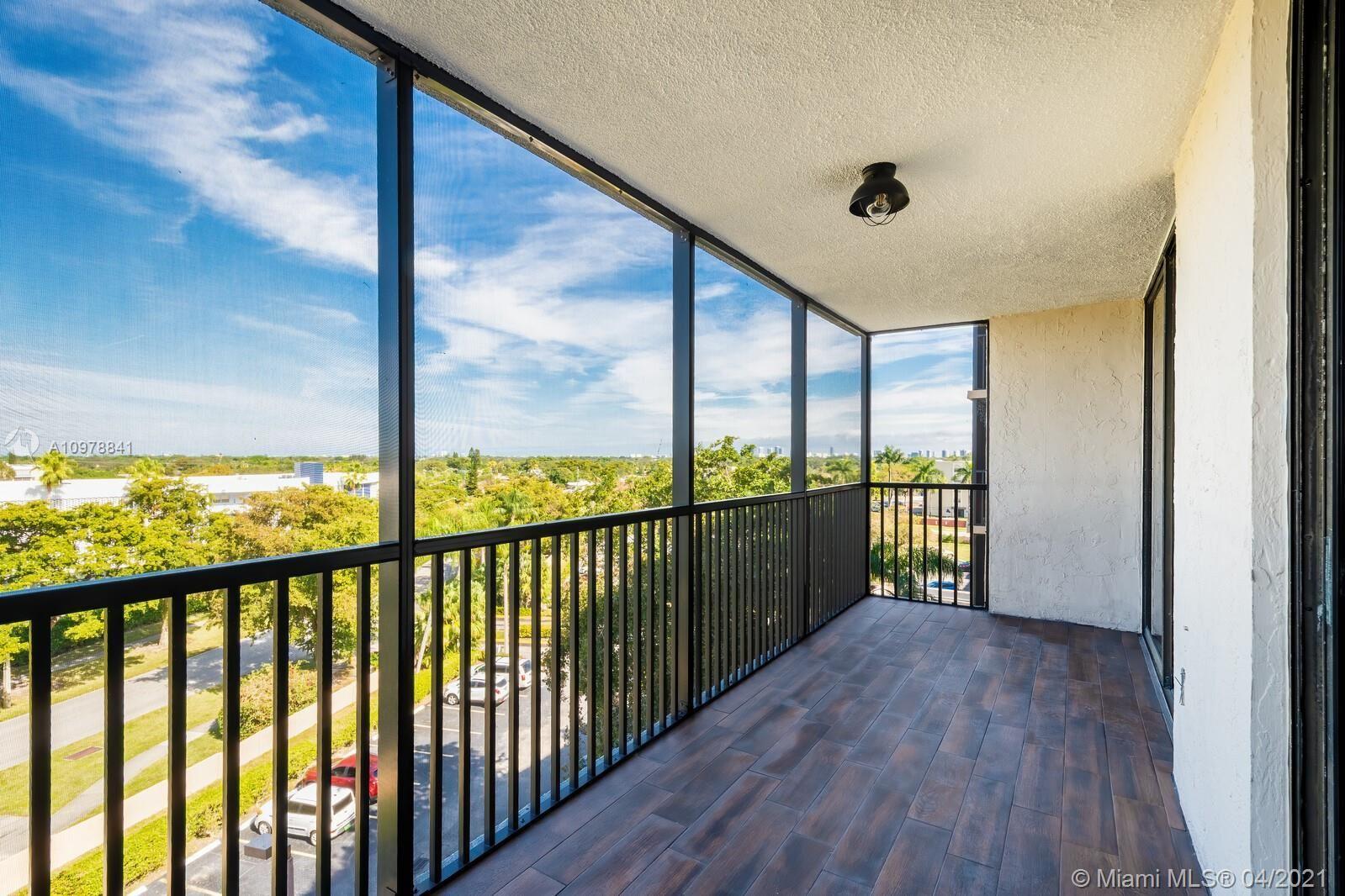 900 NE 195th St #607, Miami, FL 33179 - #: A10978841