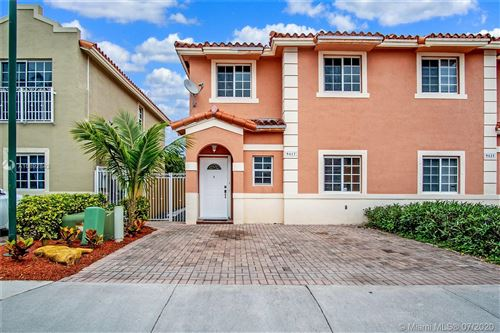 Photo of Listing MLS a10892842 in 9417 SW 77th Ct Miami FL 33156