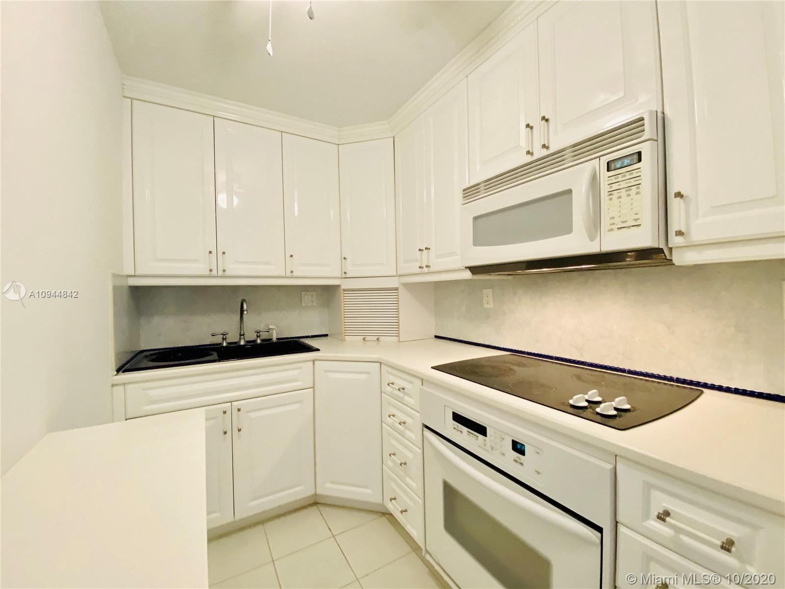 Photo of 2900 Banyan St #104, Fort Lauderdale, FL 33316 (MLS # A10944842)