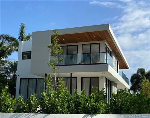 Photo of 5701 N Bay Rd, Miami Beach, FL 33140 (MLS # A11001843)