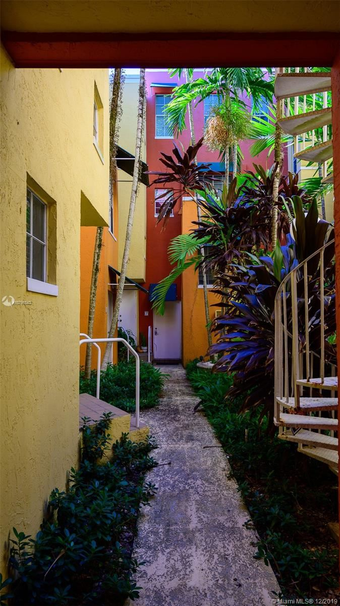 5801 SW 74 TERRACE #7, South Miami, FL 33143 - #: A10791843