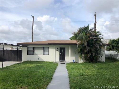 Photo of 907 NE 164th St, North Miami Beach, FL 33162 (MLS # A10840845)
