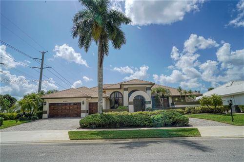 Photo of 10515 Stonebridge Blvd, Boca Raton, FL 33498 (MLS # A11096846)