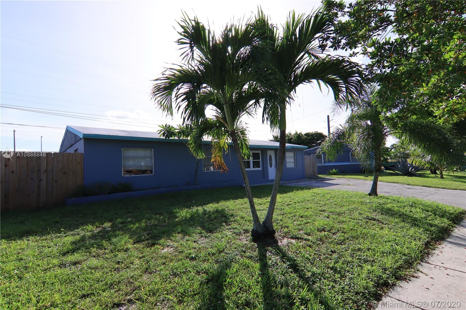 2031 SW 50th Ave, Fort Lauderdale, FL 33317 - #: A10886846