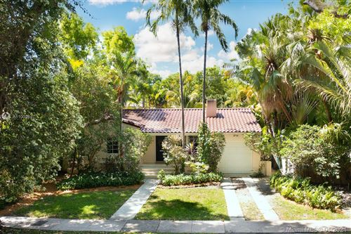 Photo of 434 Minorca Ave, Coral Gables, FL 33134 (MLS # A11039847)