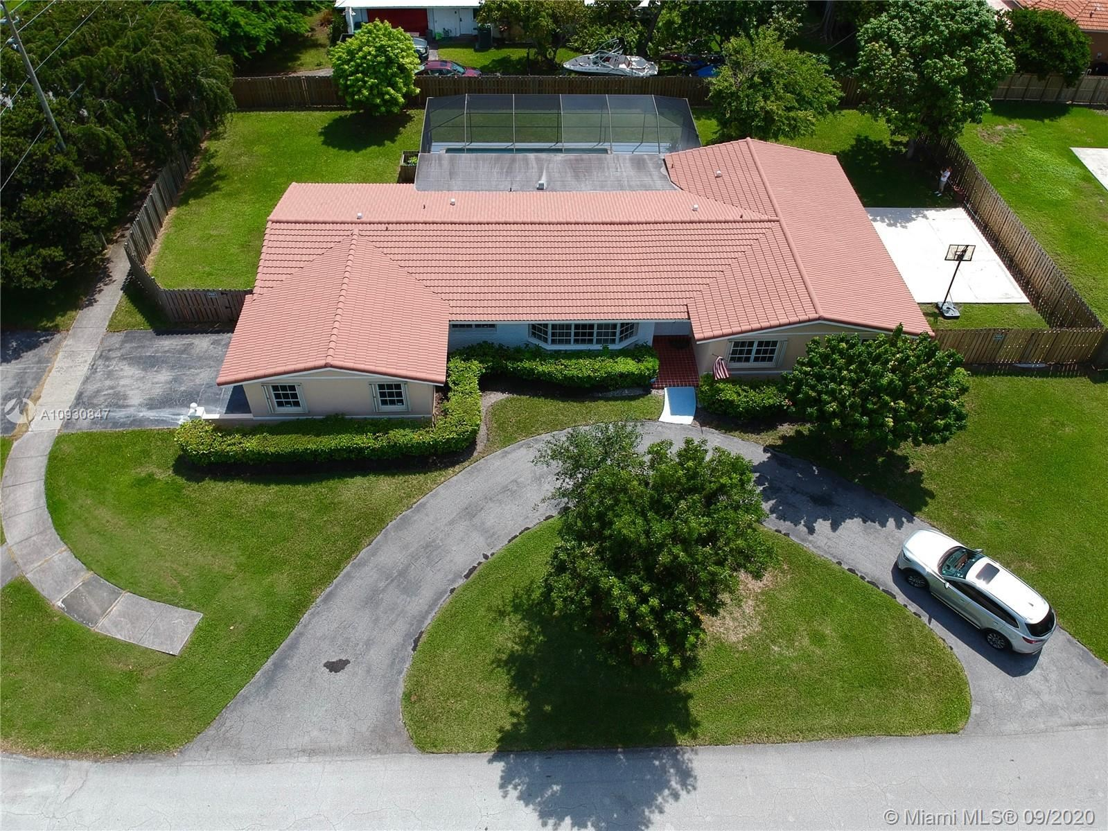 8202 SW 165th Ter, Palmetto Bay, FL 33157 - #: A10930847