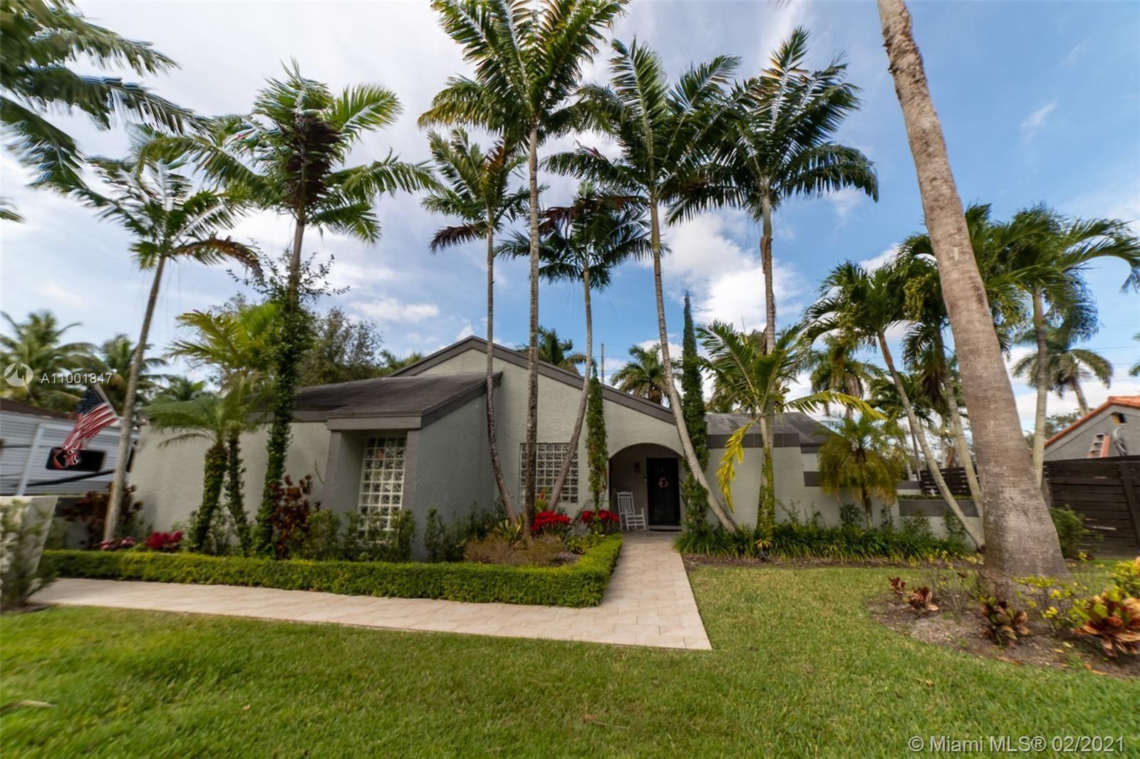 15281 SW 152nd Ter, Miami, FL 33187 - #: A11001847
