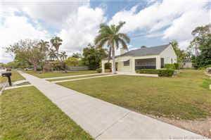 Photo of 27 NW 21st St, Homestead, FL 33030 (MLS # A10646848)
